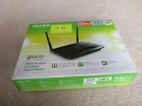 TP-Link N600 Router Model TL-WDR3600 Like new, excellent condition