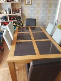 6 seater solid oak dining table