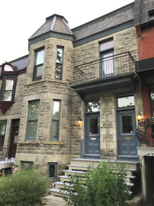Westmount upper 3bdr avail. October 1st $2100/mth