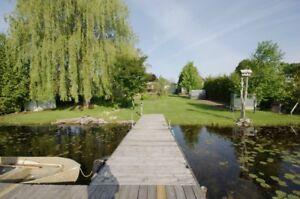 Waterfront Cottage Rental , Flat Property, Pet Friendly