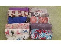 Various scarves.