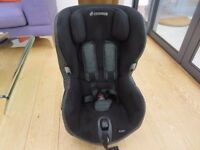 Maxi Cosi Axiss Child's Car Seat.