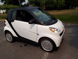 2011 Smart For two black Coupe (2 door) REDUCED PRICE