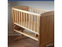 EXCELLENT Con Wooden Babies Rocking Crib