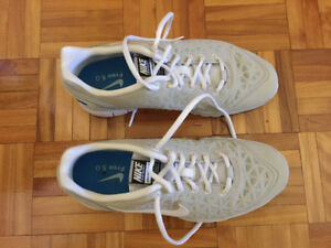 Chaussures Nike Free 5.0 - Pointure 9.5 femme