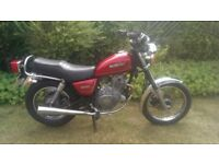 Suzuki gn250 project 1 years mot spares or repair. Engine noise.