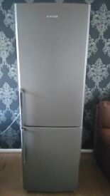 Samsung fridge freezer excellent condition perfect working order, too big for my household £90