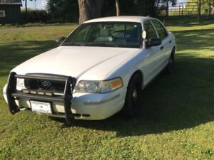 2010 Ford Crown Victoria Ex Police Car