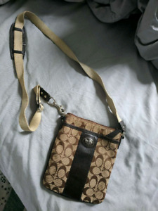 Coach Crossbody Swingpack
