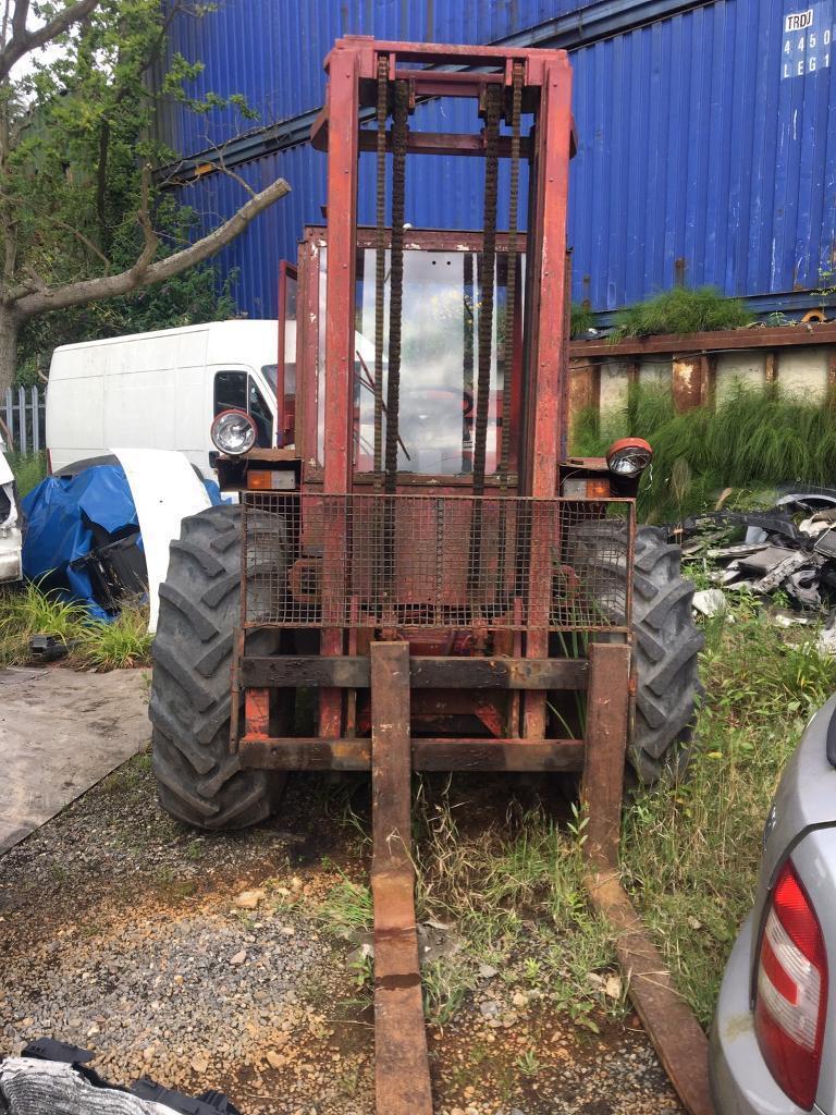 MANITOU FORKLIFT 2540 cc DIESEL 3501kg, 2 AXLE RIGID BODY NO VAT BREAKING