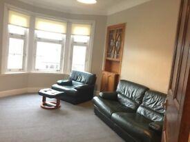 1 Bedroom top floor flat, Partick