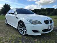 BMW M5 5.0 V10 SMG FACTORY WHITE SERVICE HISTORY AUCTION GRADE 4 LEATHER SUNROOF