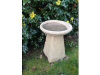 Old style Staddle stone bird bath £28