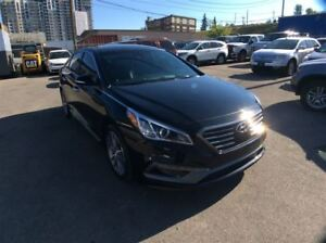 2015 Hyundai Sonata 2.0T / SPORT / ULTIMATE / FULLY OPTIONED