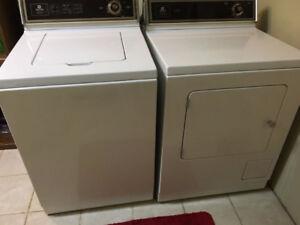 Maytag Washer & Gas Dryer Set