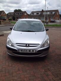 Full years MOT, 5 door hatchback,electric windows,5 disc CD,central locking,Low mileage for age
