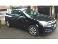 Vauxhall astra 1.4 litter petrol hatchback manual. Black