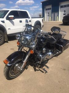2012 Harley Davidson Road King ****LAST PRICE DROP****