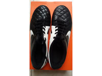 Football boots Nike size uk 8