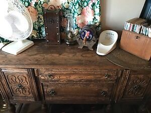 Solid wood dresser/sideboard with character and beautiful legs