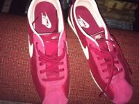 Ladies Red Nike Trainers, sz.6