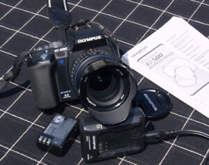 Olympus EVOLT E-500 digital mirrored camera with Zuiko 14-42mm