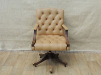 Chesterfield chair with oak frame on castors (Delivery)
