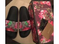 Gucci blossom sliders - size 4 with gift bag and giftbox