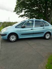 Cheap large family mpv citroen xsara Picasso 2003. Mot June advisory free