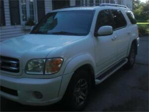 2003 Toyota Sequoia	Limited Leather