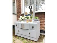 LOVELY Vintage DRESSING TABLE FREE DELIVERY LDN🇬🇧CHEST/DRESSER