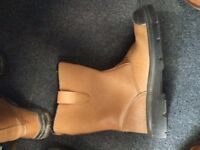 Site Boots - Arco Size 8