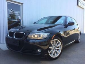 2011 BMW 3 Series 328i xDrive Classic Edition, AWD.