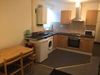 GROUND FLOOR 1 BED FLAT TO RENT IN SEVEN KINGS FOR £1000PCM! (INCLUDES ALL BILLS!!)