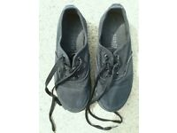 Girls Black Shoes Size 4 With Laces