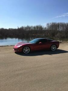 2005 Chevrolet Corvette Ls2 Coupe (2 door)