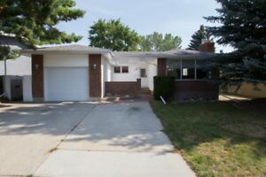 OPEN HOUSE SATURDAY BETWEEN 11:00 AM -1:00 PM