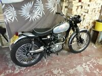 Bsa b40 Road,trail motorcycle.