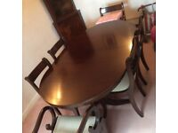 Mahogany table and six chairs, 2 carvers with display unit - immaculate