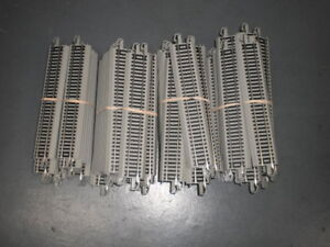 "Bachmann Ho scale  EZ Track   #44511   9"" straights  X 85 USED"
