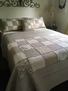 King size quilt and shams