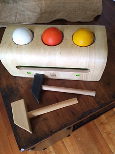 Plan Toys Ball and hammer toy