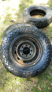 265/70 R17 Toyo open country
