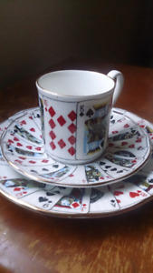 ANTIQUE collectible deck of cards 2 plates 1 cup