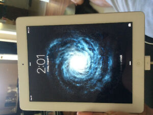 Second Gen mint condition IPad 32gb 10.5 inch screen
