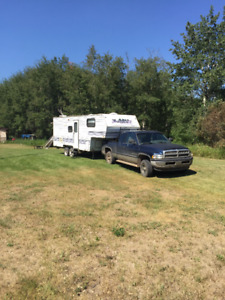 1999 fifthwheel and 2001 dodge ram magnum