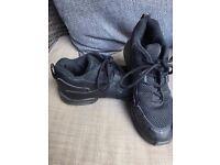 Capezio Dance Sneakers Size 5.5