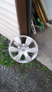 Set of hubcaps  off Toyota  16 inches set of 4