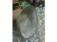 VINTAGE GALVANISED BATH /WASH TUB