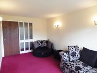 2 bedroom fully furnished 1st floor flat to rent on Clark Place, Trinity, Edinburgh